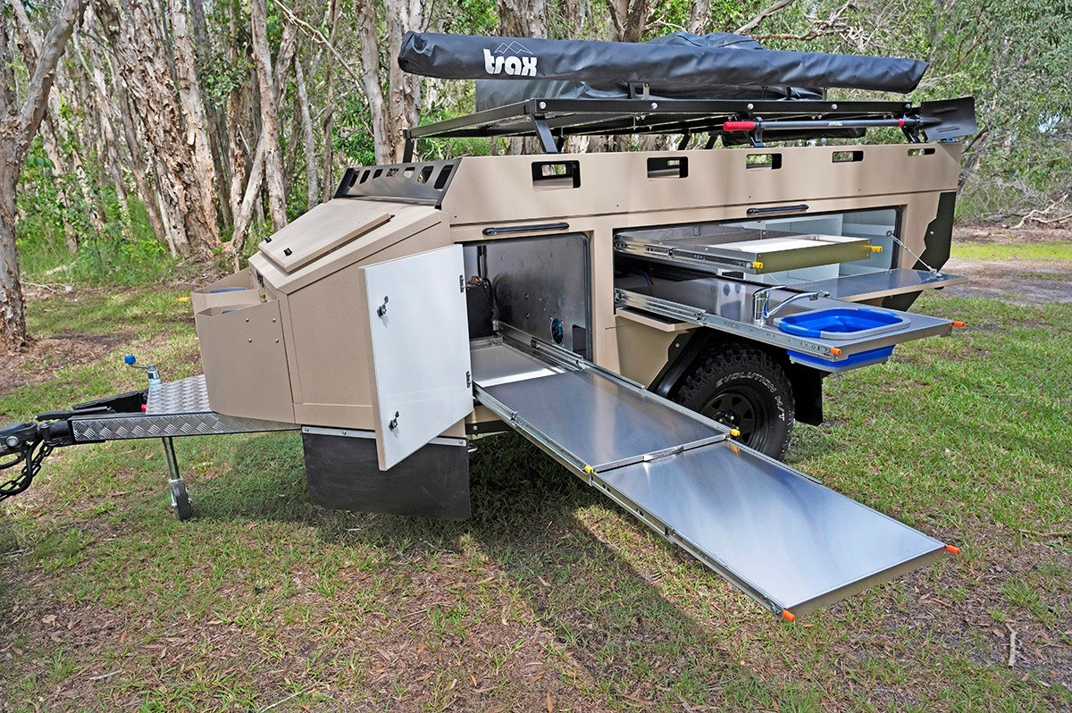For a compact trailer, the Sierra ZR has some serious kitchen space
