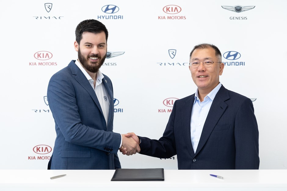 Mate Rimac shakes hands with Hyundai Motor Group Executive Vice Chairman Euisun Chung on an €80-million deal to produce high performance electric vehicles
