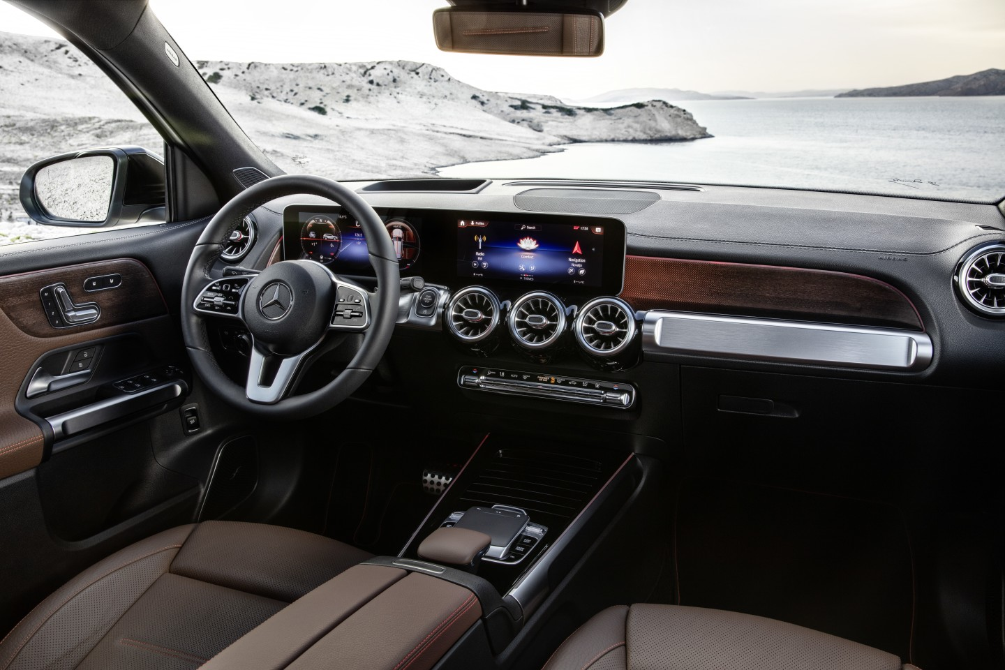 The GLB's interior design is geared towards both usability and top shelf luxury from a production model