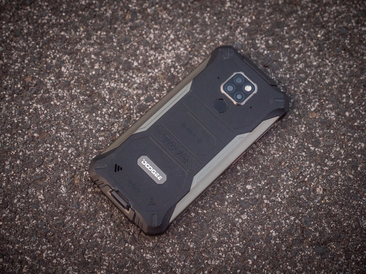 The phone's case is quite attractive for something so bombproof