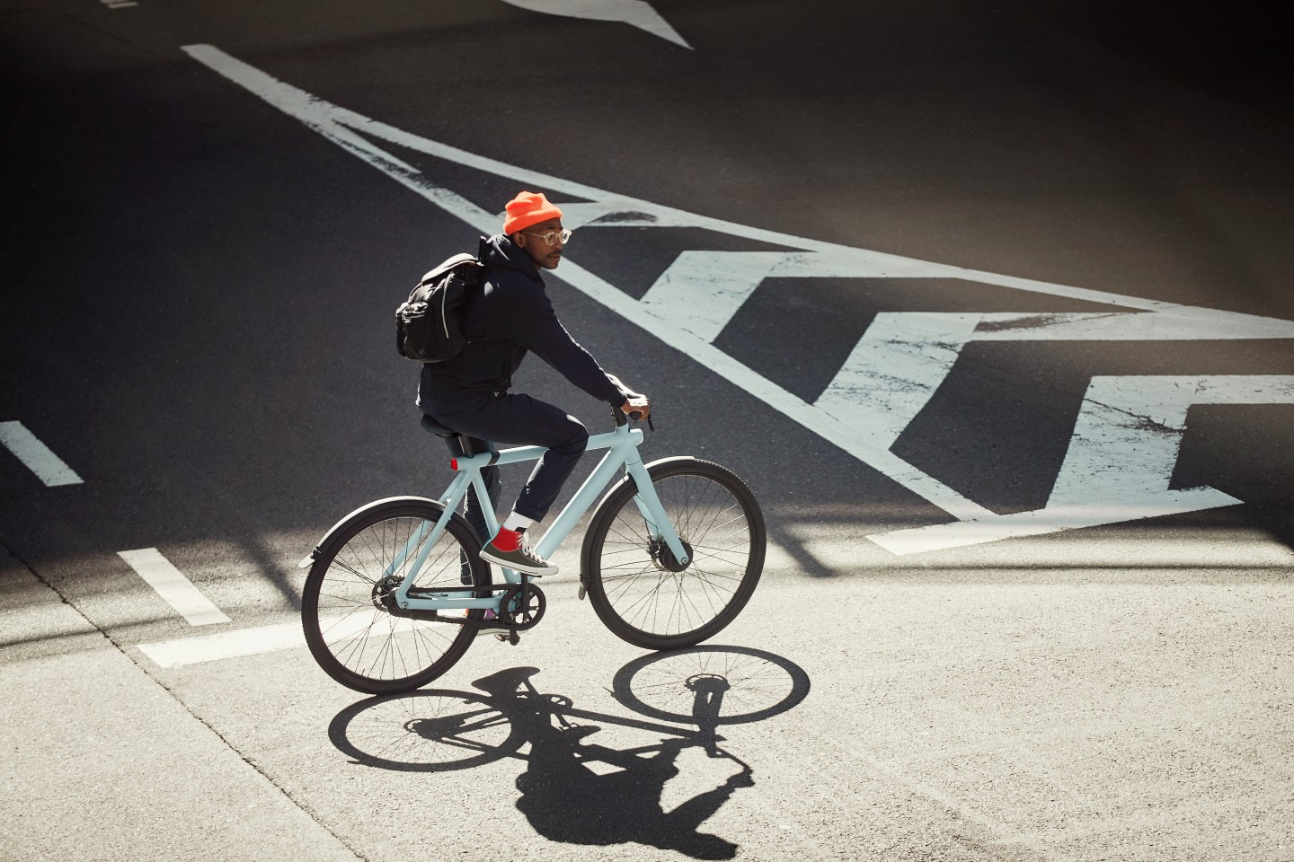 The Vanmoof S3 comes with a 250-W (EU or 350-W (US) front hub motor that provides four levels of pedal assist