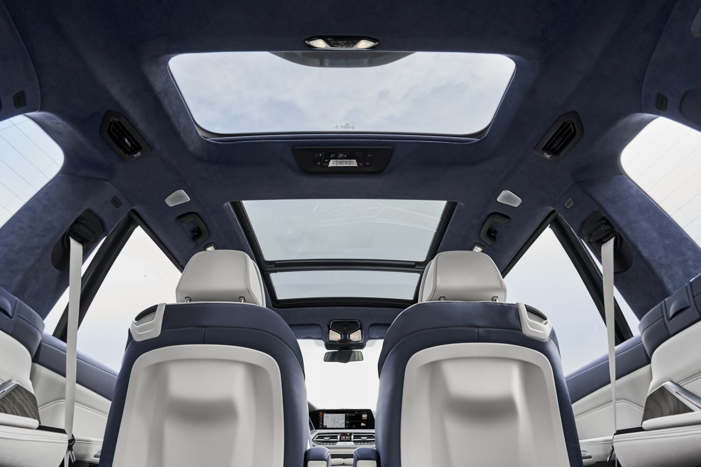 A huge panoramic sunroof is standard in the BMW X7