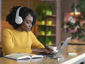 Make online learning a priority to increase your company's competitive edge