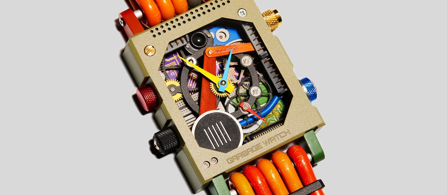 Examples of materials to be used include wiring from discarded TVs, microchips from deactivated smartphones and motherboards from retired computers