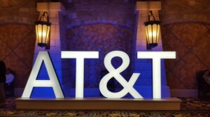 AT&T charts course to standalone 5G launch