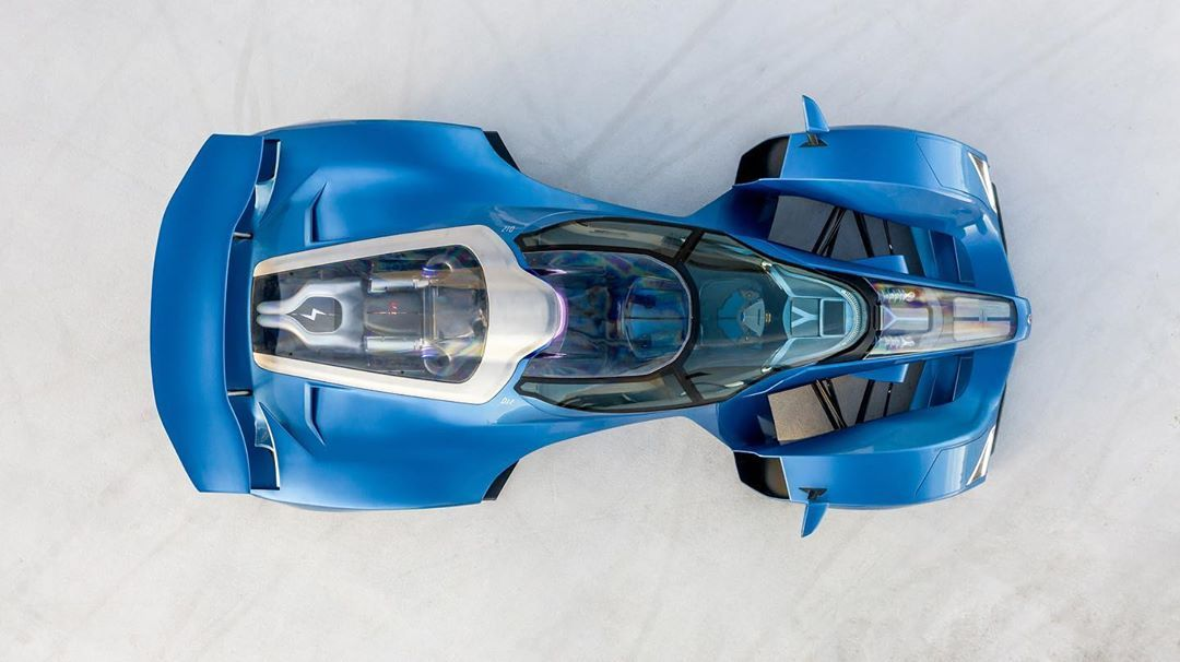 The D12's stunning top view highlights the enormous 7.6-liter V12, as well as the barely-there front end