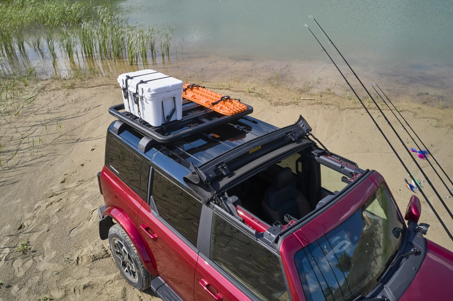 A look at the Outer Banks concept's Bestop Sunrider and compact Yakima platform rack