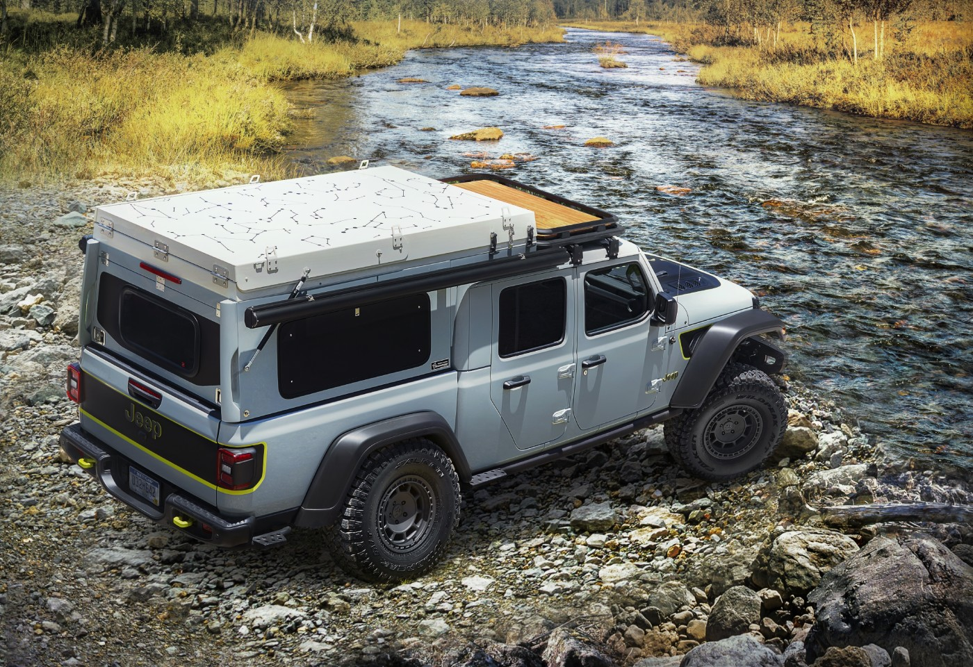 With its windows, body color paint and rooftop graphics, the AT Overland Habitat is a little comfier and more stylish on the Jeep Gladiator Farout than more basic iterations we've seen previously