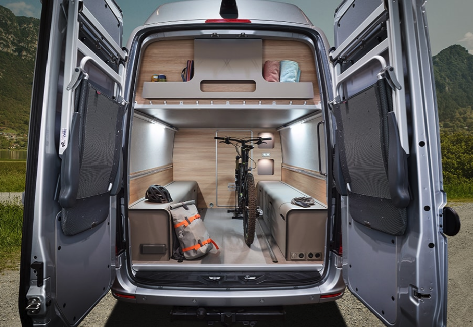 During the ride, the FlexPort serves as a garage for holding luggage, sports gear and other cargo