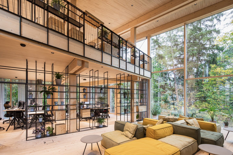 ASI Reisen Headquarters features generous glazing