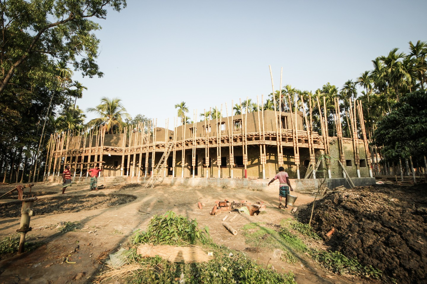 Anandaloy was built using mud and bamboo by a team of locals