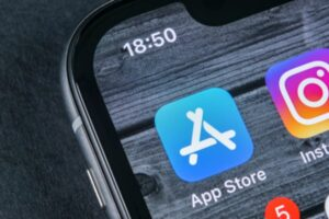 Blog: Could Apple's App Store row hurt its 5G entry?