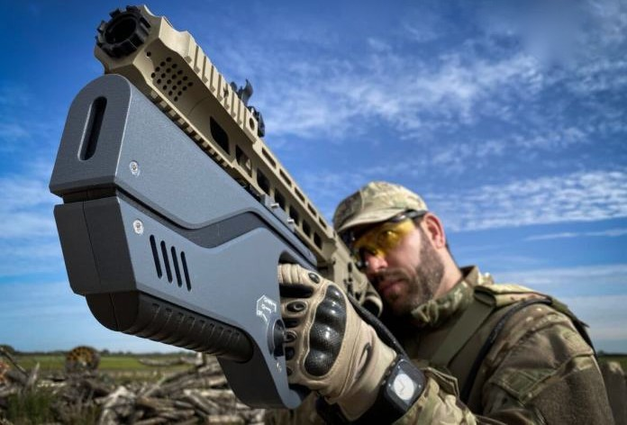 The Paladyne E1000MP can be mounted on third-party rifles