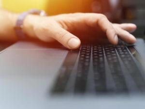 Apache web server: How to install and configure a website
