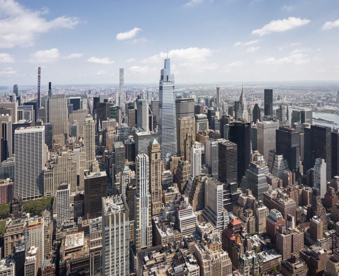 One Vanderbilt consists of 67 floors and includes 1.7 million sq ft (around 160,000 sq m) of office space