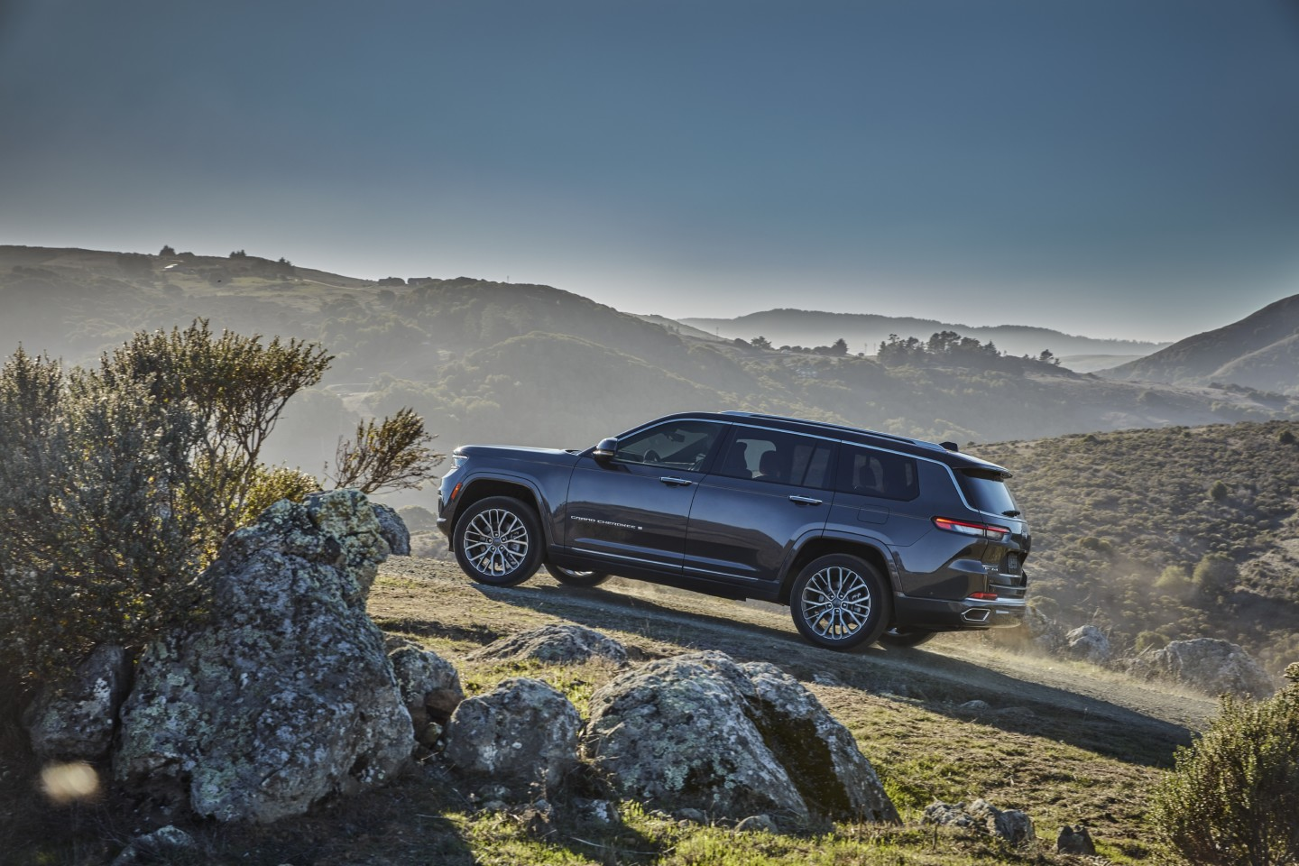 Jeep promises that the all-new Grand Cherokee is upgraded for both road and off-road driving