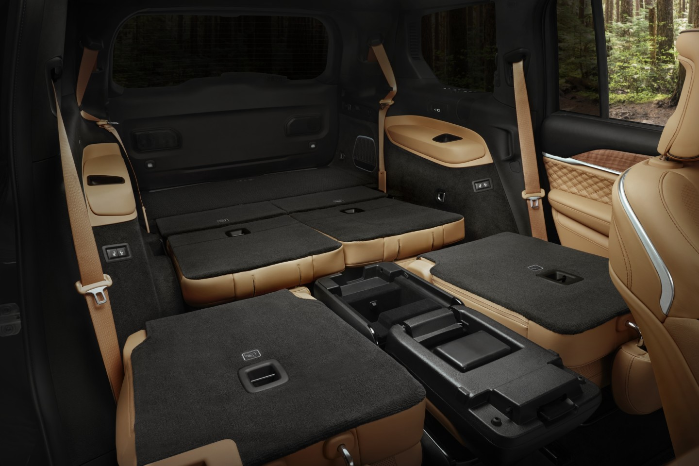 All rear seats fold into a flat load floor for a total of 84.6 cu ft of cargo space