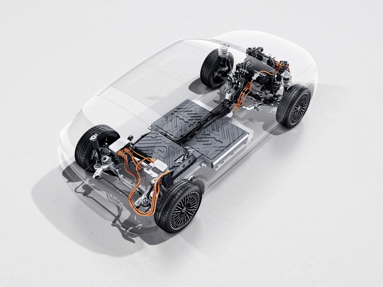 Rear-wheel-drive electric powertrain initially offers 66.6 kWh and 140 kW of rear wheel drive