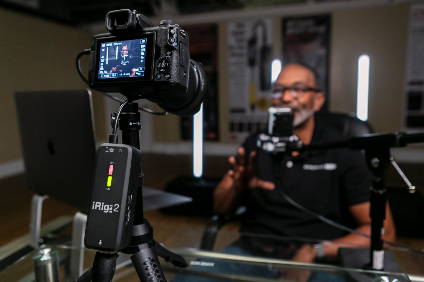 An auto-switching circuit makes using an XLR microphone with digital cameras easy