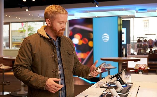AT&T bides its time on SA 5G