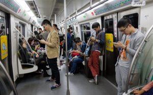 Los abonados chinos a 5G conservan sus teléfonos 4G