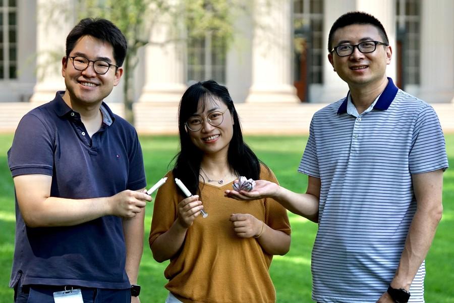 MIT researchers Hyunwoo Yuk, Jingjing Wu, and Xuanhe Zhao